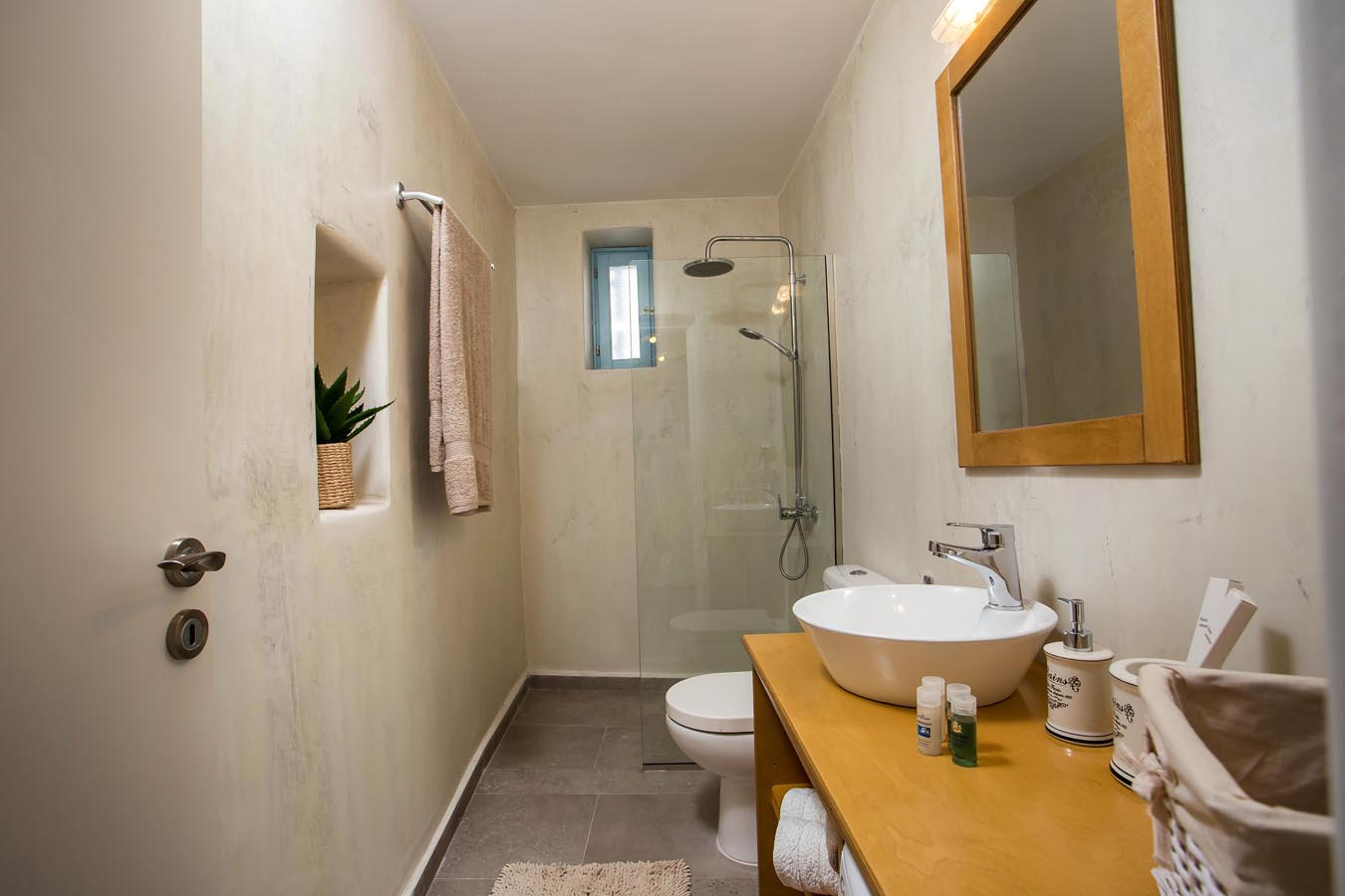 Rhodes Holidays Traditional Luxury Home 27