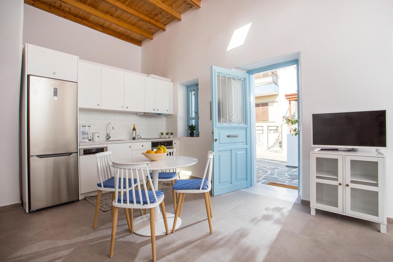 Rhodes Holidays Traditional Luxury Home 9