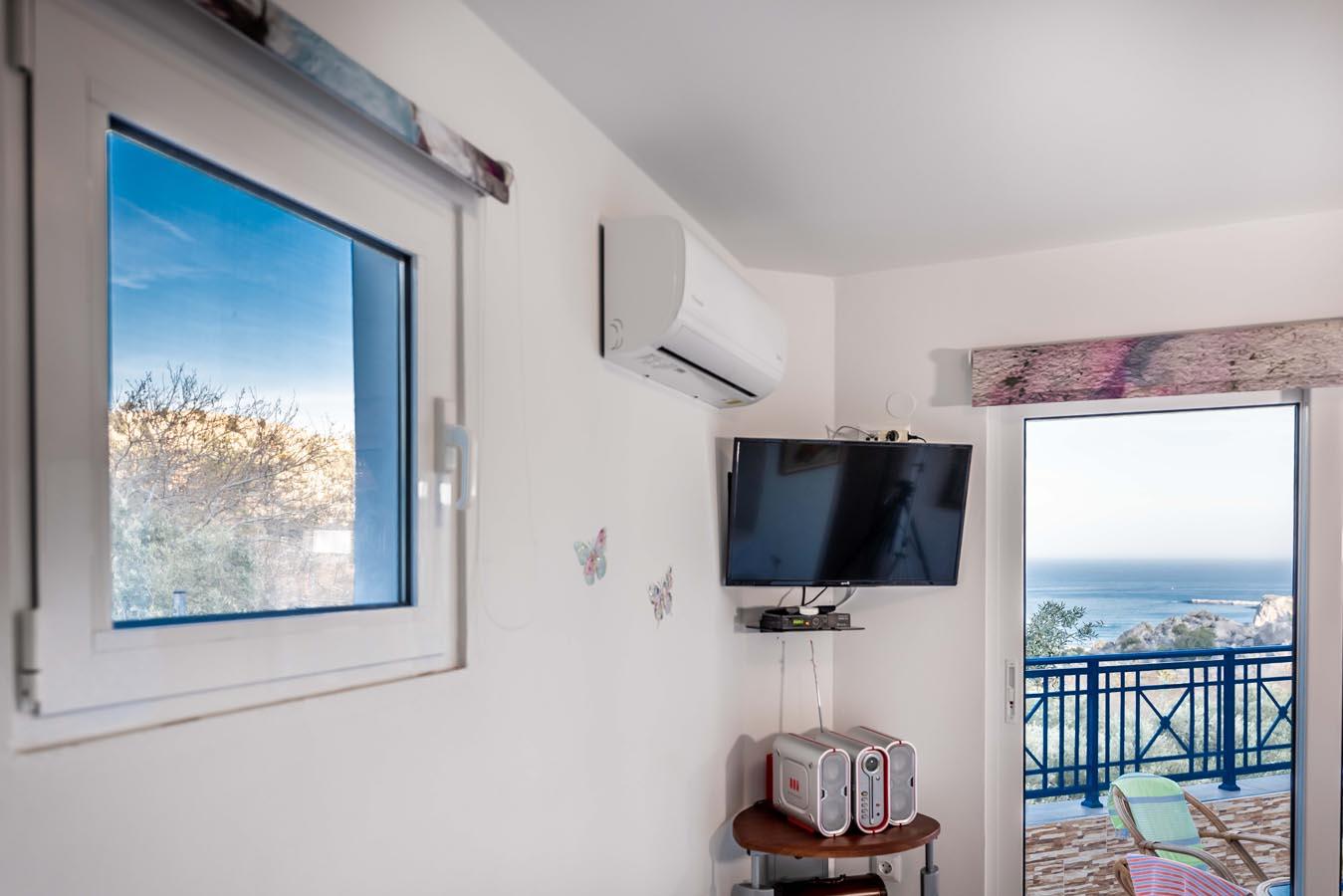 Rhodes Holidays Villas Aperanto Galazio 9
