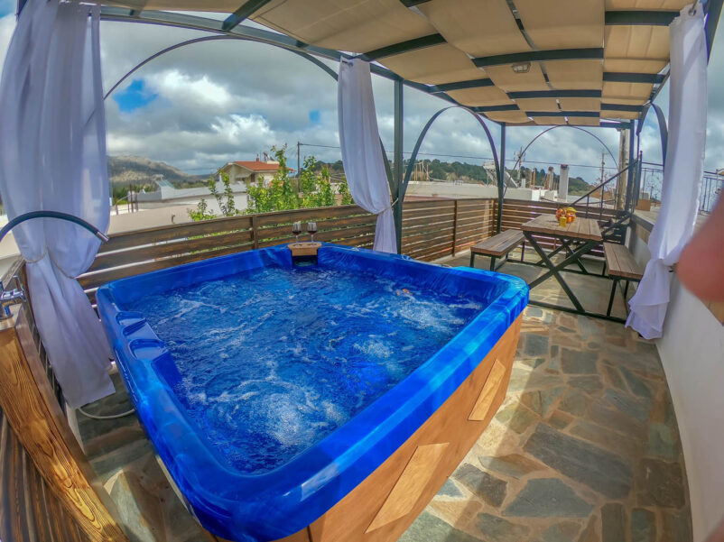 Rhodes Holidays Moonstone Traditional House