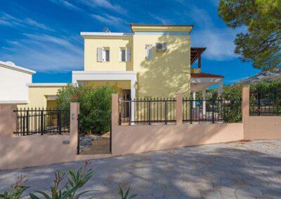 Rhodes Holidays 7 springs Villas Ermis